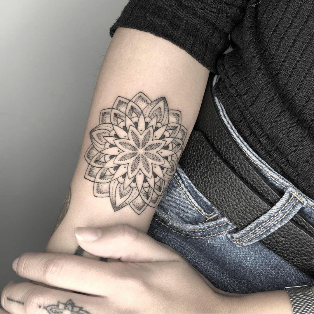 Mandala en el brazo